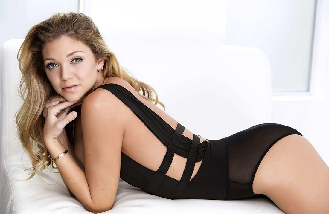 Jessie Andrews Porn Actress Photo