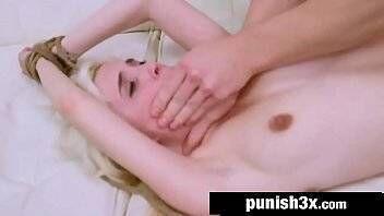 Porno proibido branquinha safada fazendo sexo brutal com amigo do seu namorado