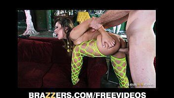 Xxx porno com uma deusa de quatro rebolando linda no seu amante