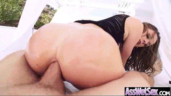 Mulher safada fudendo e rebolando com a pica no cu