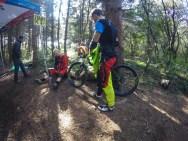 Ciupi de la Bike Expert pregatindu-se de ps4