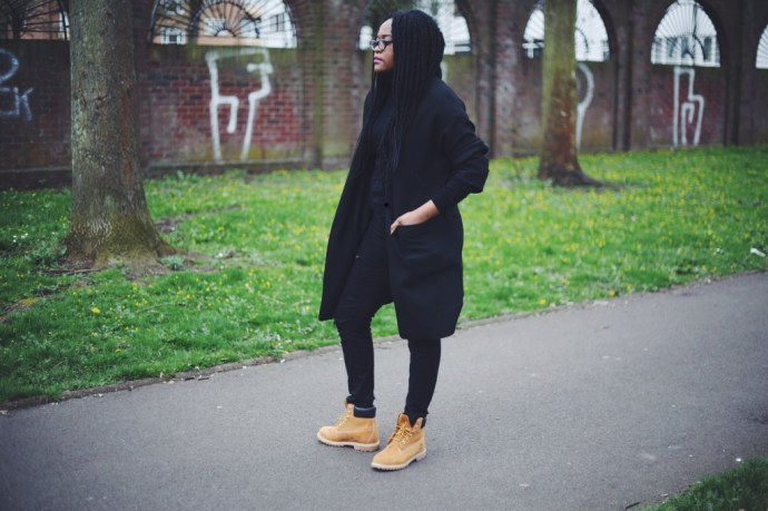 Wearing Timberlands, How to wear timberlands, fashion blogger wearing timberlands