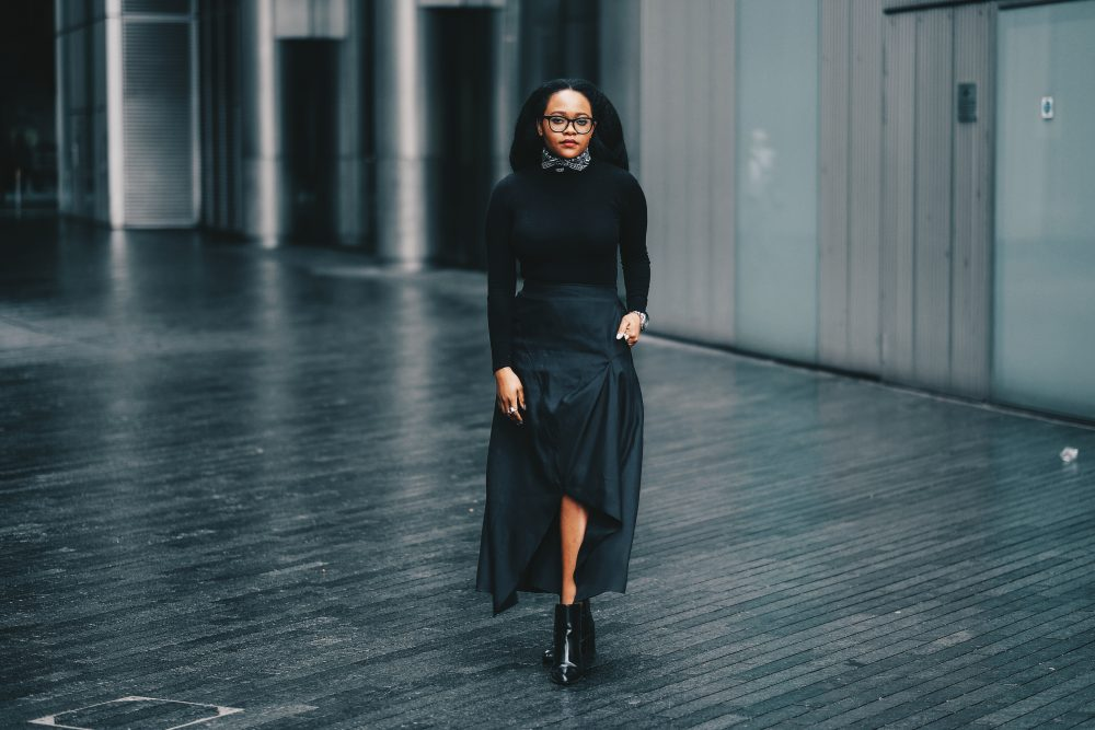 black uk fashion blogger, black fashion blogger, Things My Early 20's Taught me, all black outfit, london fashion blogger, london fashion