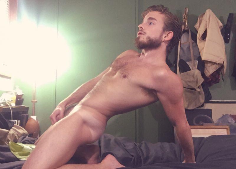 naked hunk tumblr