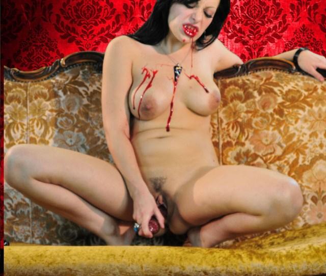Hot Ass Vampire Angelica Raven Masturbating