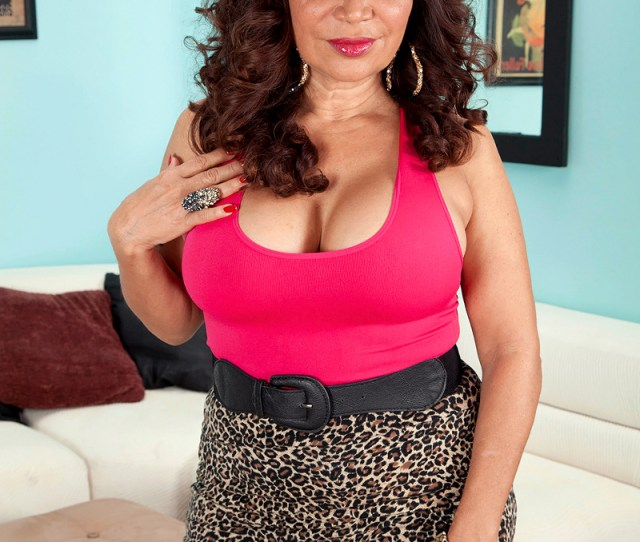 Mexican Cougar Showing Media Posts For Mexican Cougar Milf