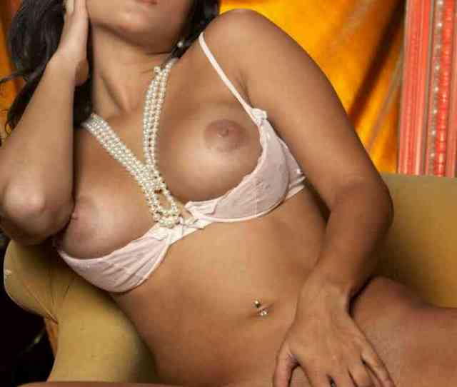 Top Sunny Leone Hot Porn Nude Fucking Photos Picture 3