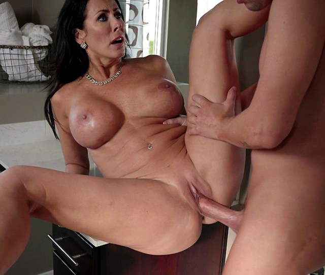 Horny Milf Stepmom Reagan Foxx Spreads Her Legs Wide For Hard Young Cock Xxx Movies