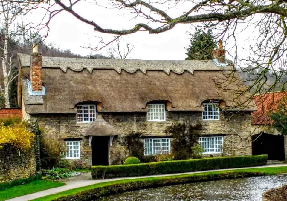 Thornton le Dale thatched house one of Yorkshire's Market Towns