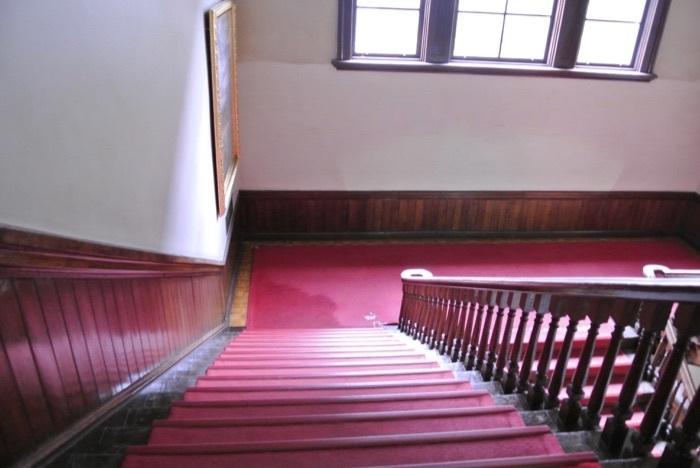 北海道庁赤レンガ庁舎階段