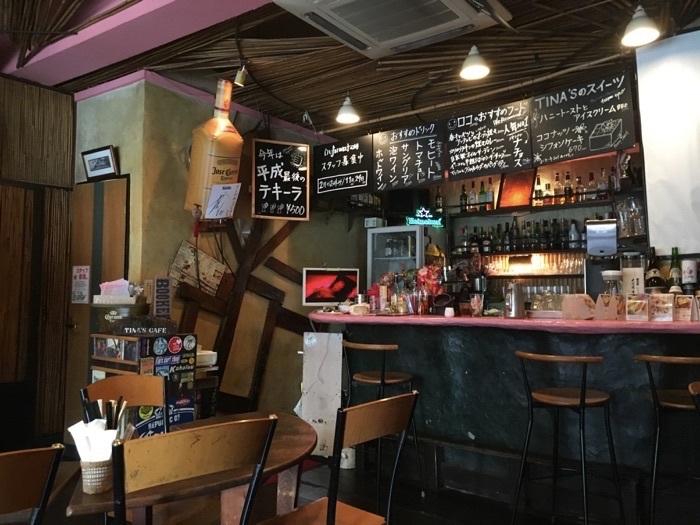 Tina's Cafe店内