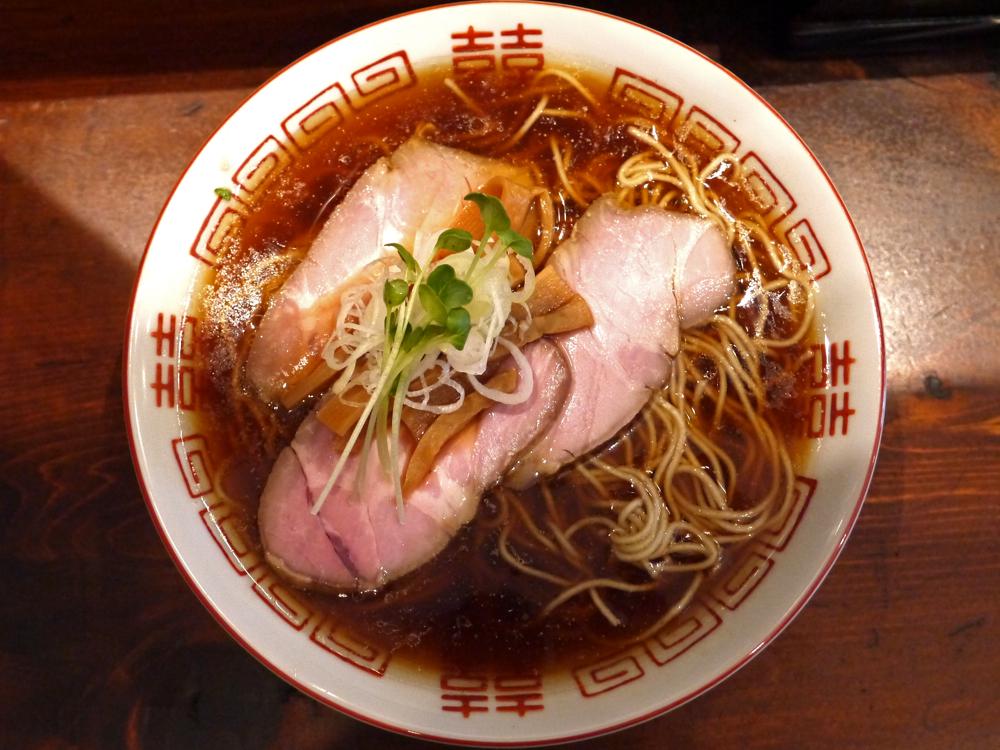 懐かしさと新しさを感じる一杯!鴨と醬油の香りが絶品な新しい時代の中華そば『中華そば しば田』