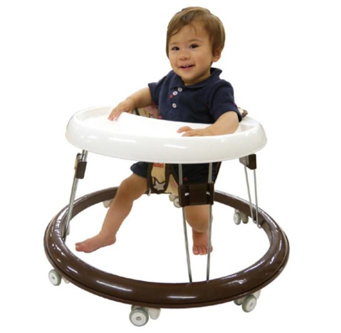 赤ちゃん用歩行器の画像