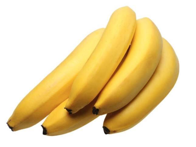 Motverka frissighet och återfukta med banan1 banan1 matsked olivolja3 matskedar majonnäsSå gör du: 1