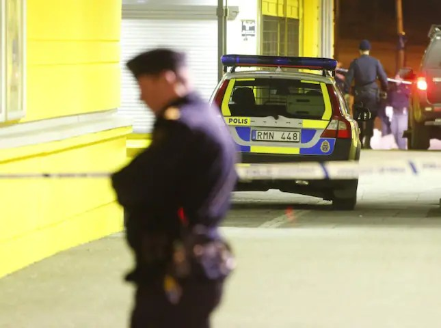 Åtta personer fördes till sjukhus efter skottlossningen i Göteborg på onsdagskvällen