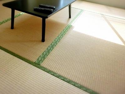 狭い部屋で活きる収納ベッドの活用法