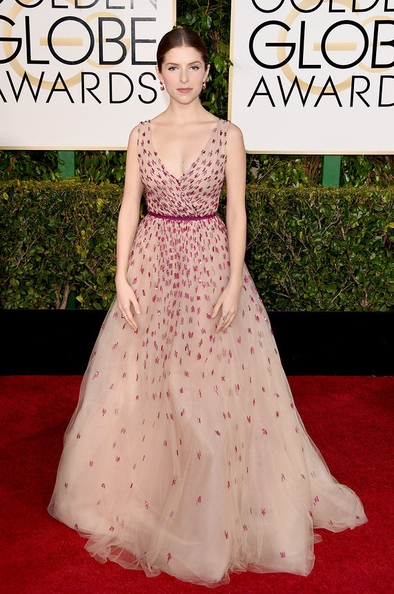 Anna Kendrick in Monique Lhuillier
