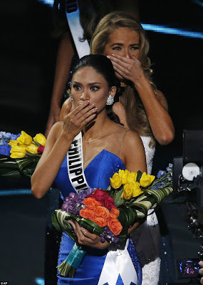 Oh No He Didn't! Steve Harvey Announces The Wrong Winner For Miss Universe 2015