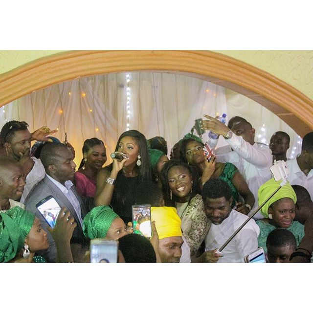 TIWA SAVAGE-FAN-WEDDING