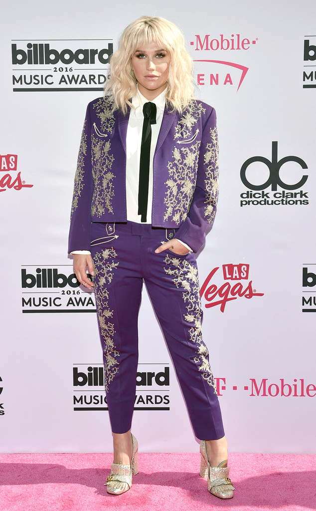Billboard-Music-Awards-Arrivals-kesha