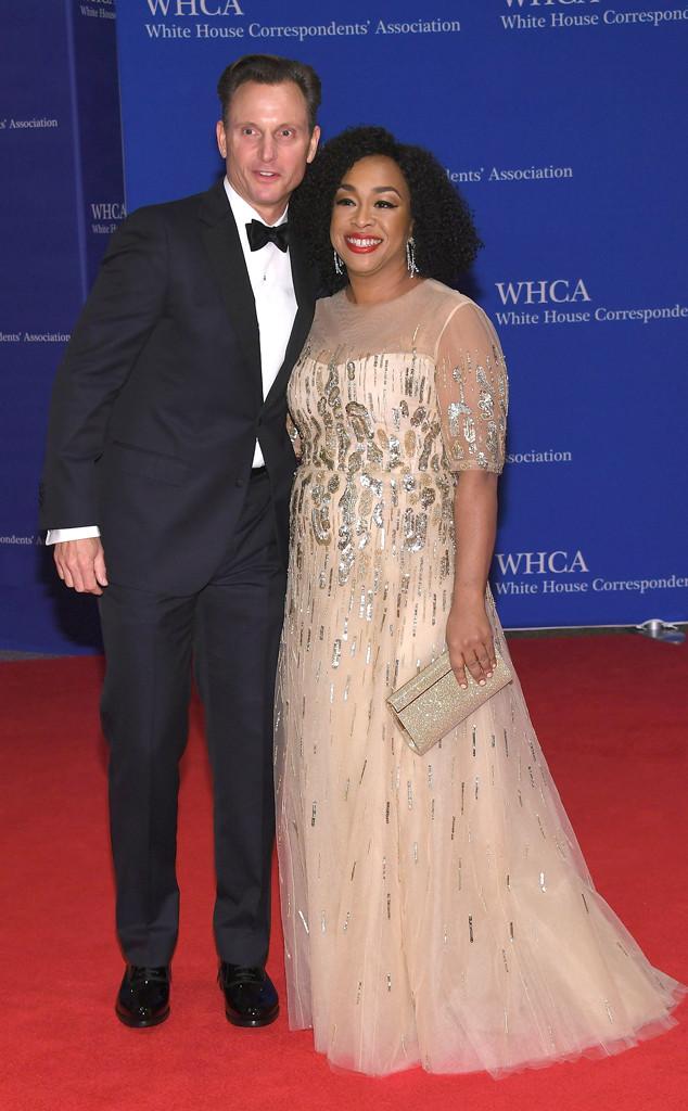 Tony-Goldwyn-Shonda-Rhimes-White-House-Correspondents-Dinner
