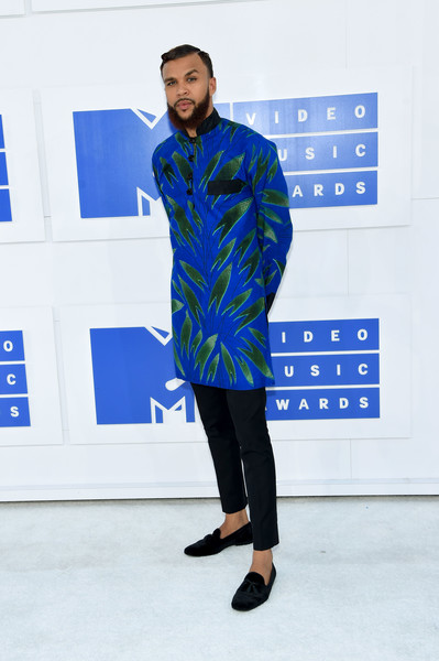 2016-mtv-music-awards-yaasomuah-jidenna