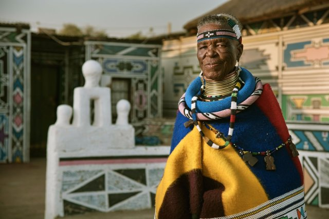 esther-mahlangu-bmw-yaasomuah-2016