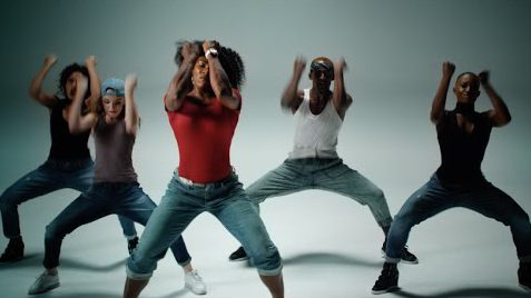 Serena Williams Flaunts Her Dance Skills In A New AD For Delta Airlines