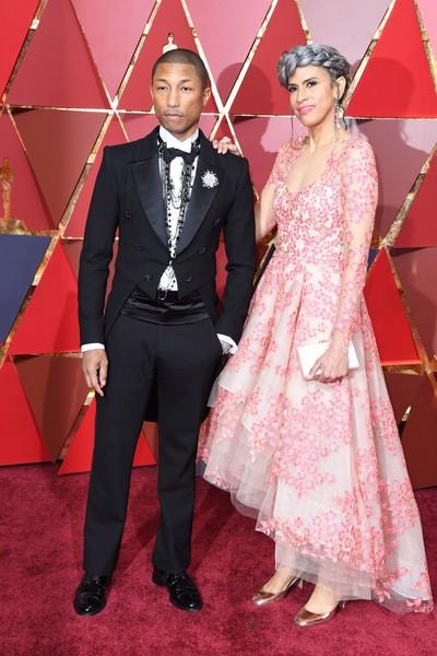 Pharrell Williams & Helen Lasichanh