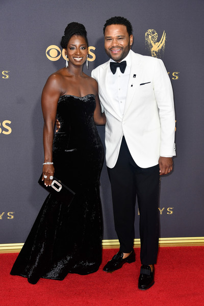 69th-Annual-Primetime-Emmy-Awards-Anthony-Anderson-Alvina-Stewart-emmys-2017