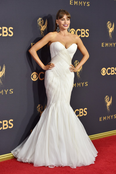 69th-Annual-Primetime-Emmy-Awards-Sofia Vergara-emmys-2017