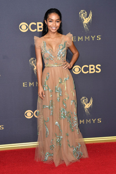 69th-Annual-Primetime-Emmy-Awards-Yara-Shahidi-emmys-2017