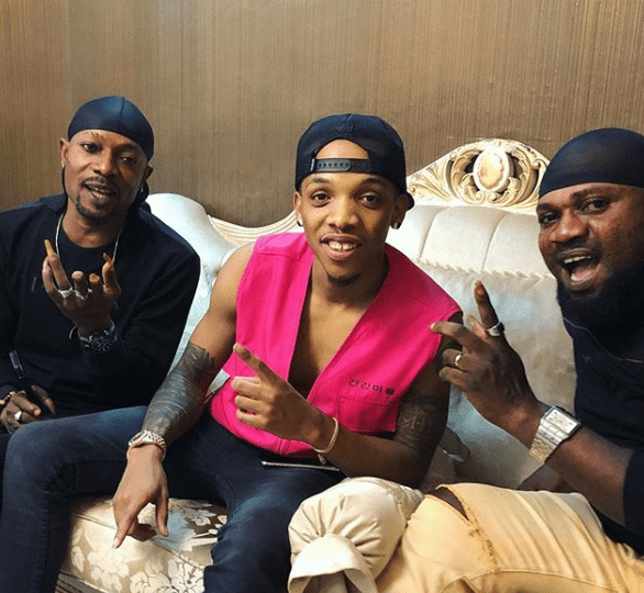 Peace At Last! Tekno & Danfo Drivers Sort Out Their Issues