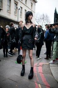 721-street-style-london-fashion-week-aw17-photos