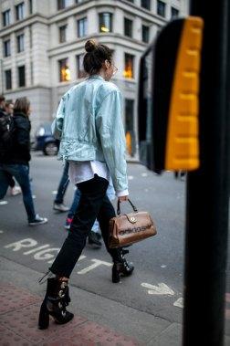 723-street-style-london-fashion-week-aw17-photos