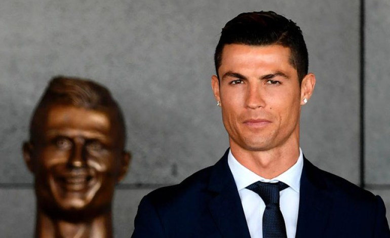 Yaşayan əfsanə Cristiano Ronaldoya ölkəsində böyük rəğbət