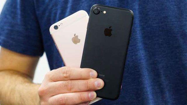 """Satın almak, iPhone 6s veya iPhone 7 nedir? """"Yedi"""" satın almak mantıklı mı? Dürüst yazı"""