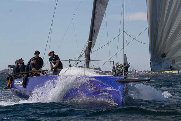 Weapon of Choice winding up soon after the start. She lost her rig near Lancelin - West Coaster Ocean Race © Bernie Kaaks