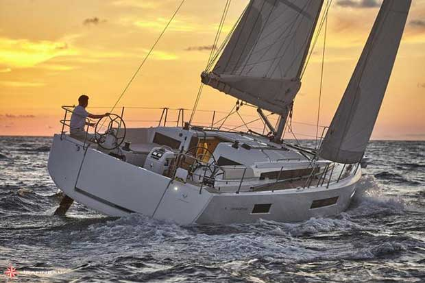Underway with the Jeanneau Sun Odyssey 440 - Jeanneau Sun Odyssey 440 Bertrand Duquenne