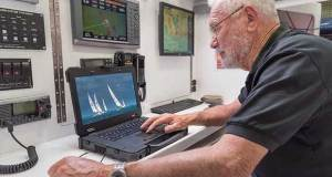 Sir Robin Knox-Johnston - Dell Latitude Rugged © Shaun Roster