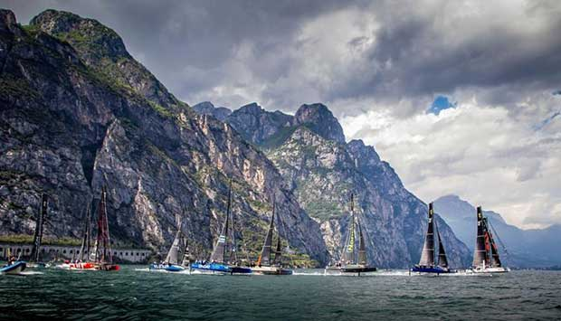 Racing on Lake Garda comes with a stunning backdrop © Jesus Renedo / GC32 Racing Tour