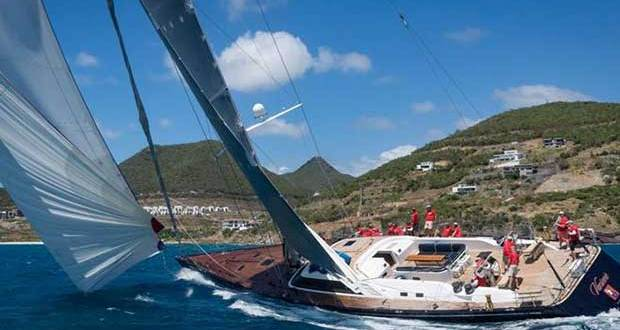 Maxi Class' Varsovie racing in the St. Maarten Heineken Regatta © Laurens Morel