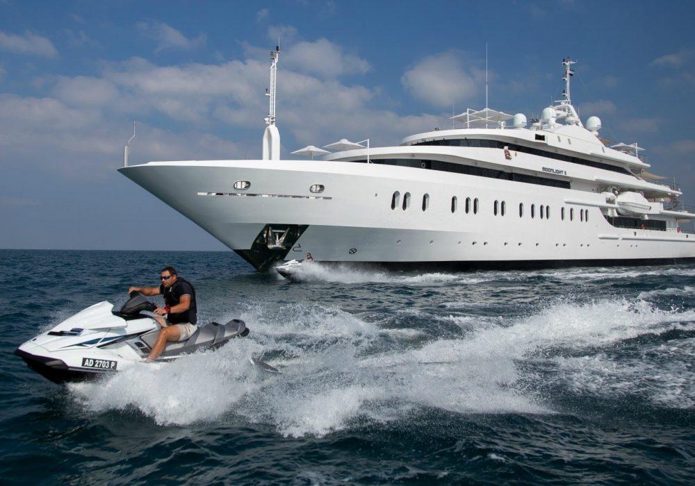 [91m-Yacht-MOONLIGHT-II]-1229-141