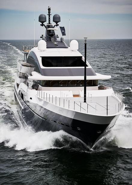 Motor Yacht Dar Oceanco Yacht Harbour