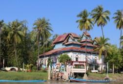Gaungse Kyun monastery building
