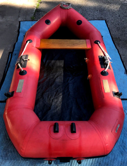 ACHILLES INFLATABLE BOAT 1990s 8 FOOT RED NICE CONDITION