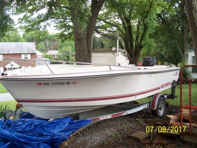 Wellcraft Sport Center Console 18 Ft 1989 125 HP For Sale