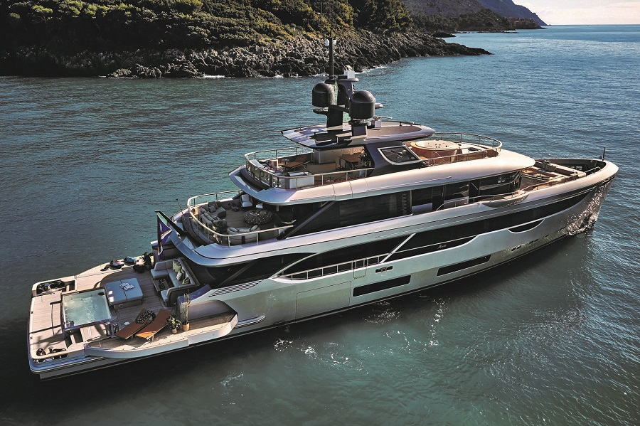 Benetti, Oasis, 40M, sale, Asia, Singapore, sold, Marine Italia, Azimut, dealer