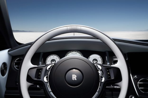 Rolls-Royce-Black-Badge-Landspeed-Collection-steering-wheel-detail-min-624x416