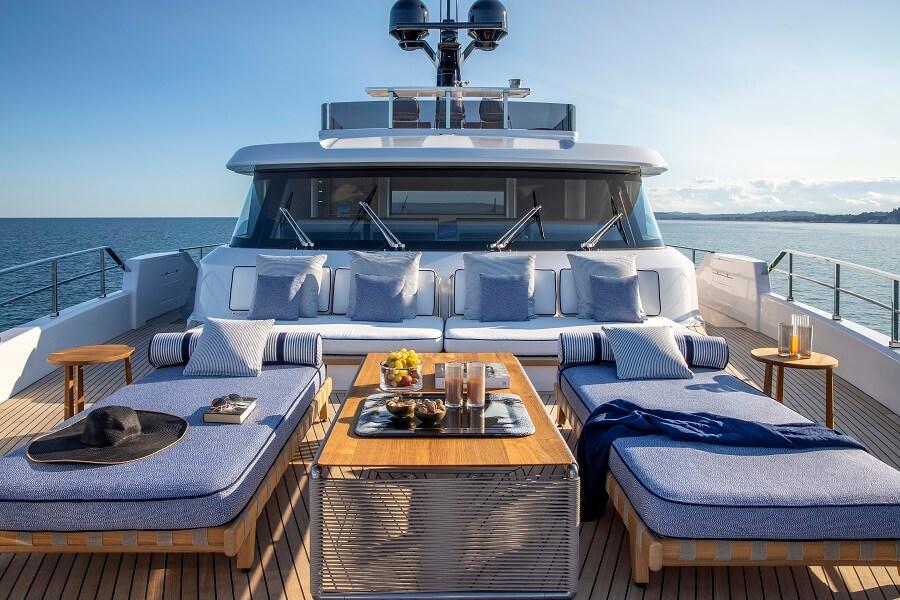 Cannes Yachting Festival, show, yacht, boat, Azimut, Benetti, Ferretti, Riva, Pershing, Sunseeker, Princess, Fairline, Absolute, Sessa, Swan, Sunreef, Beneteau, Jeanneau, Leopard, Aquila, Gulf Craft, Majesty